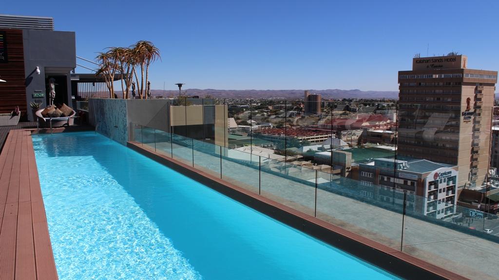 Namibia | Rooftop Bar Hilton Windhuk