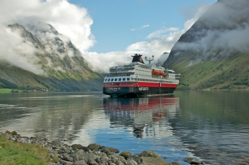 Norwegen - © Hurtigruten/Georg Dietrich