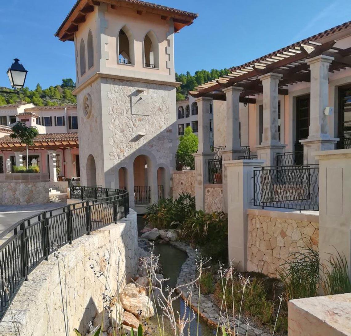 Kleiner Bach - Park Hyatt Mallorca