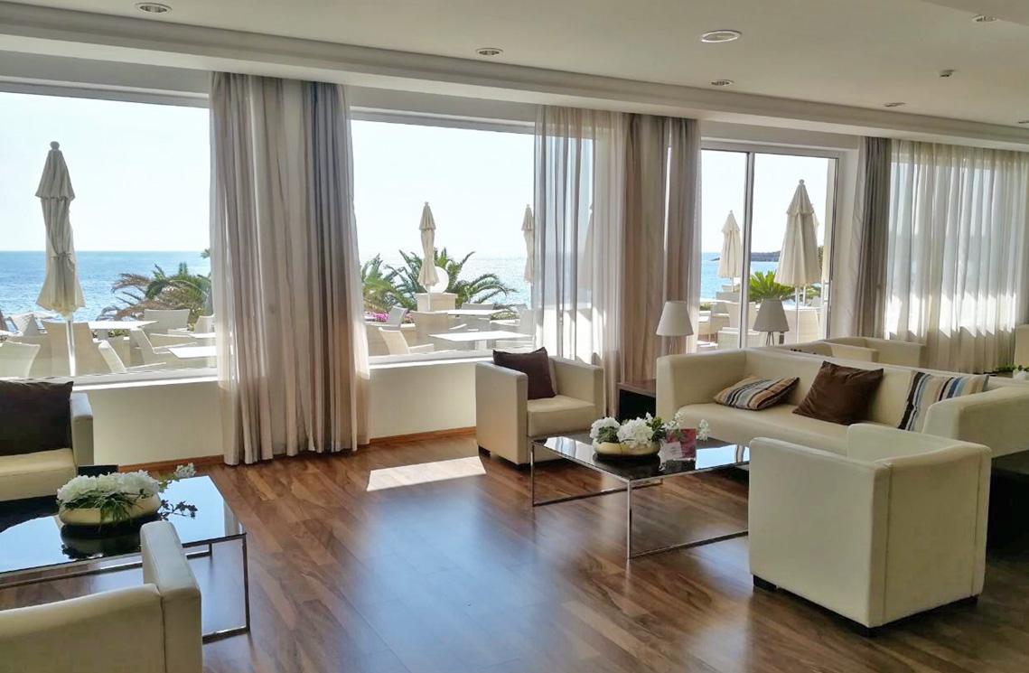 Lobby - Sensimar Aguait Resort & Spa