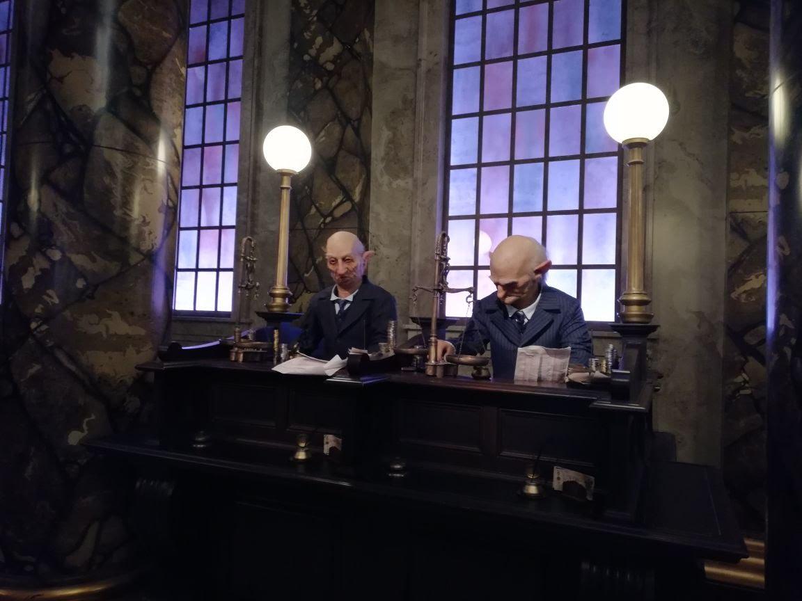 Universal Studios Oralndo | Harry Potter's Gringotts Bank