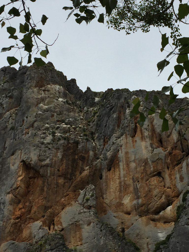 Blick über Die Yecla Schlucht in La Yecla im Baskenland