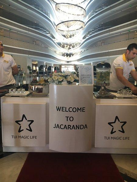 TUI Magic Life Türkei Welcome to Jacaranda