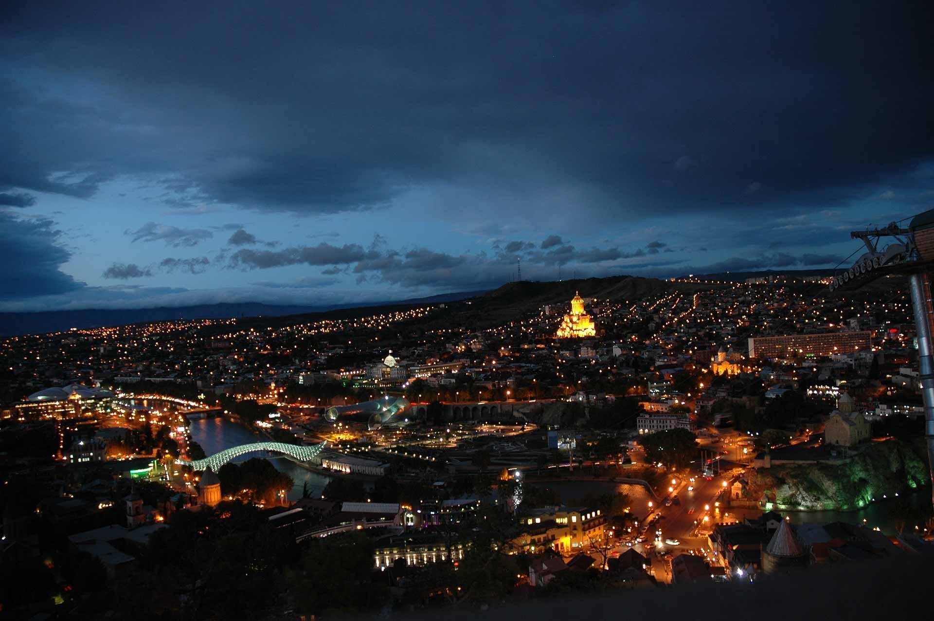 Tiflis in der Nacht