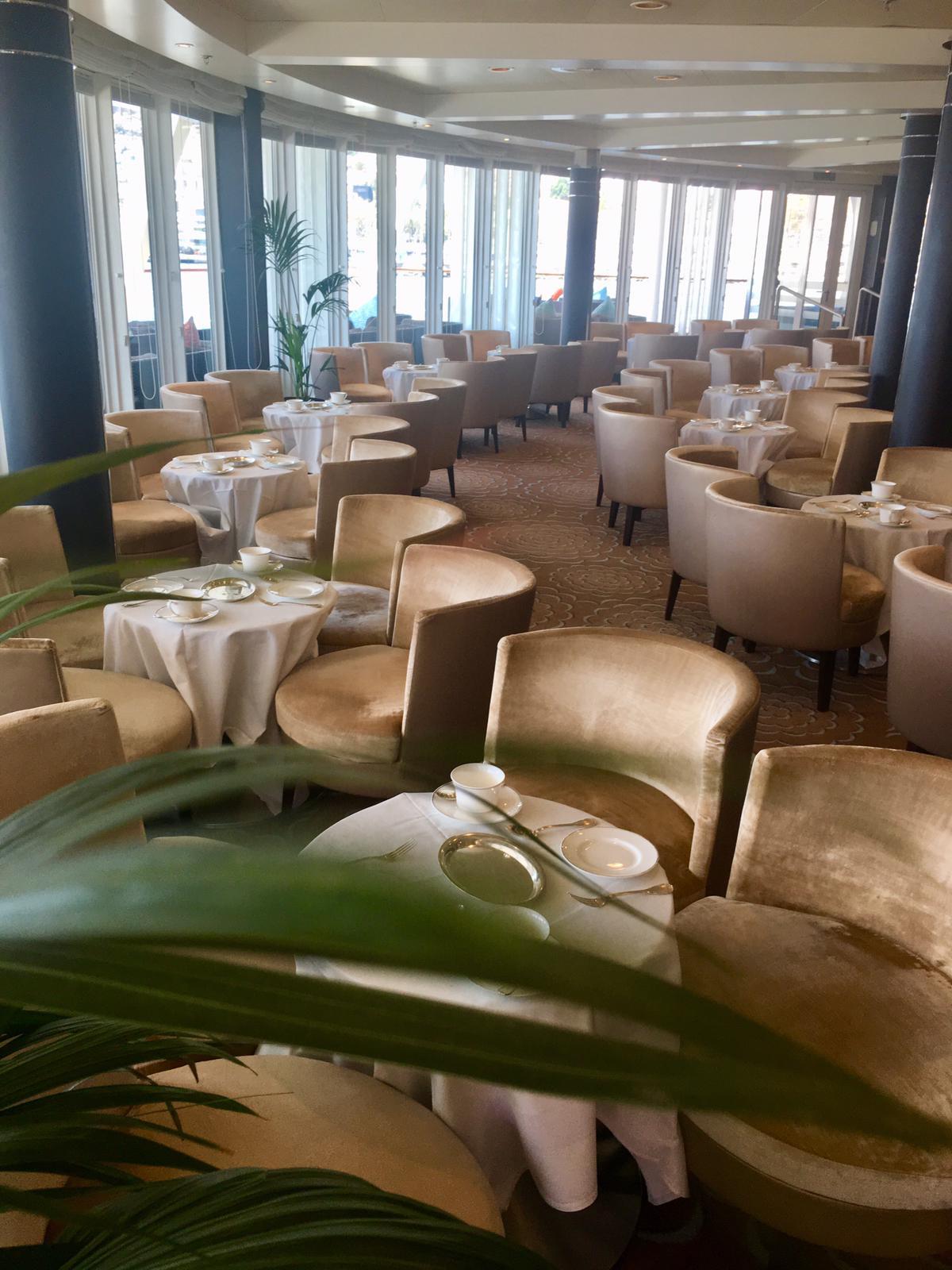 Horizon Lounge - Tea Time