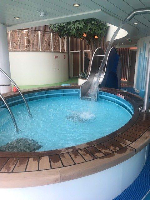AIDAnova - Kinderschwimmbereich