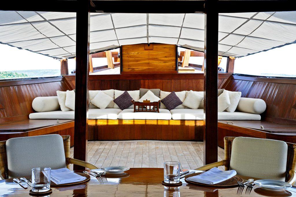 Lounge Bereich auf dem Amanikan