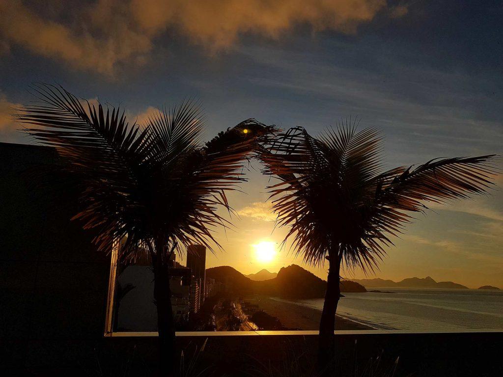 Sonnenuntergang an der Copacabana