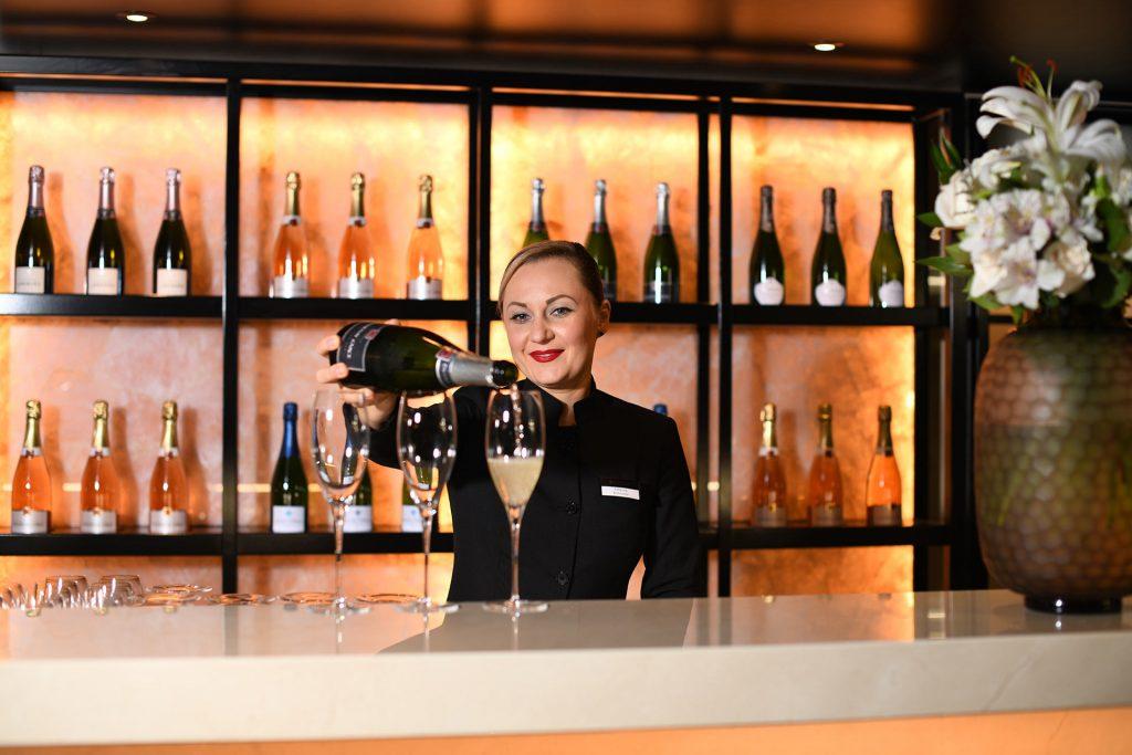 Lumière-Champagne-Bar