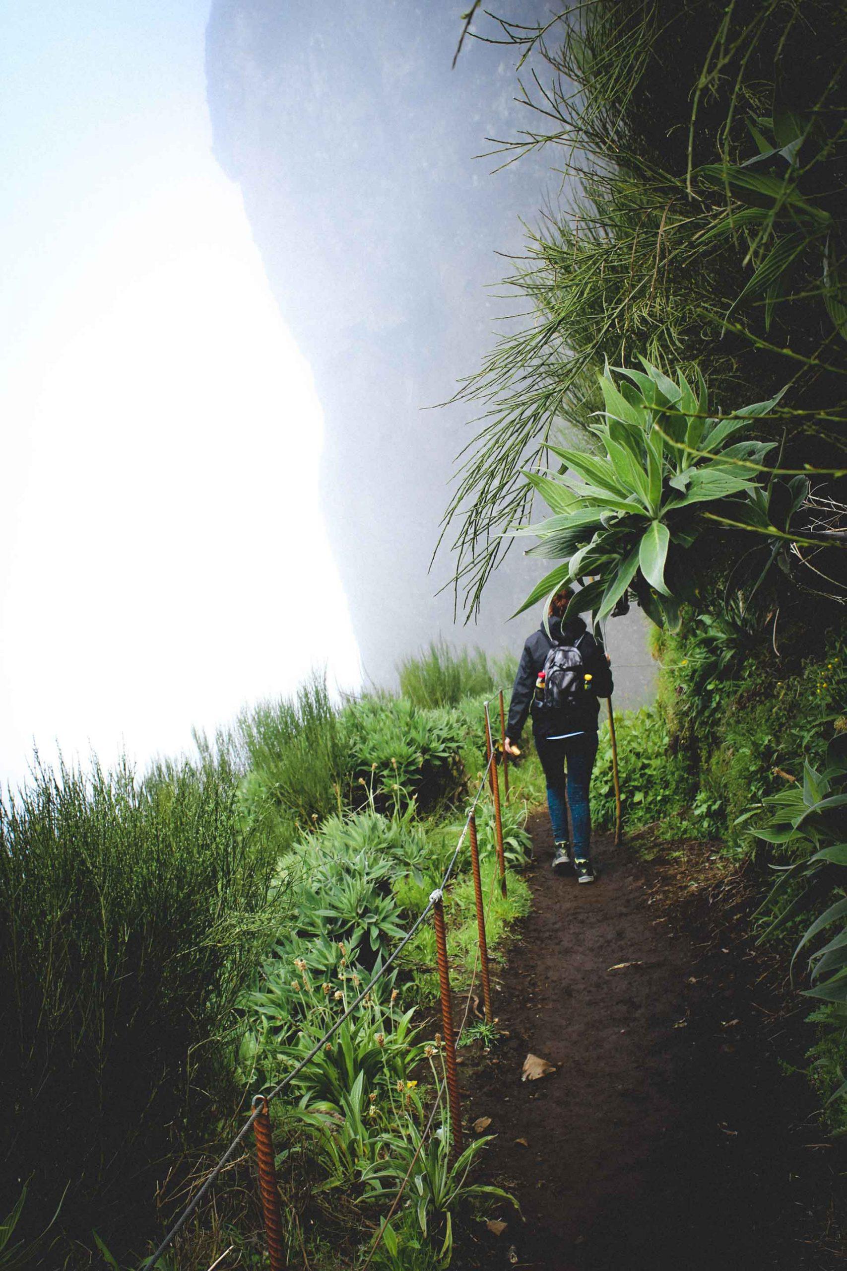 Levada-Wanderung entlang der Wasserwege