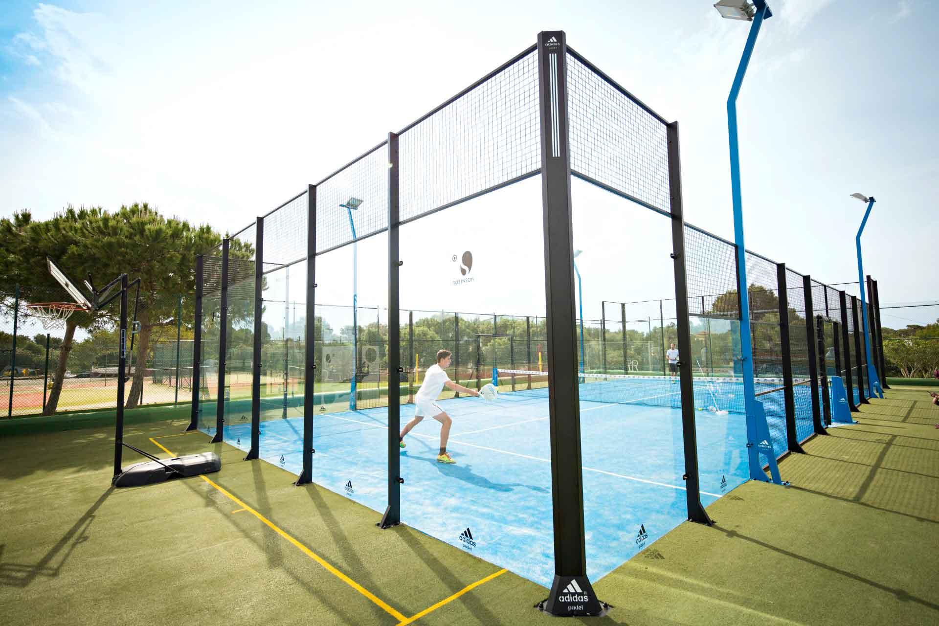 ROBINSON CLUB CALA SERENA - Paddle Court