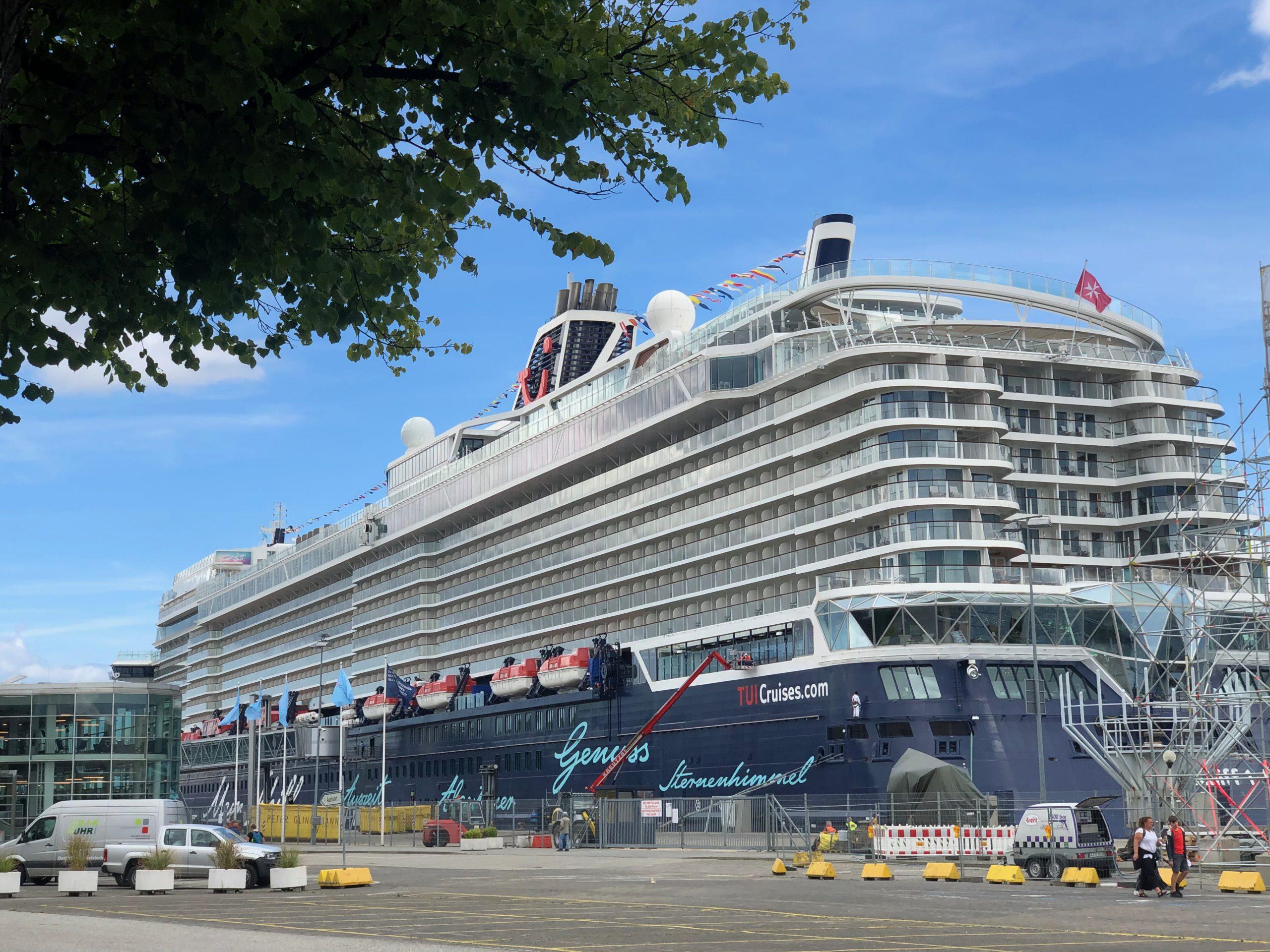 Mein Schiff 1 - Blauen Reisen