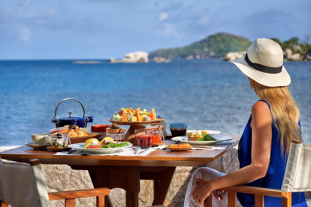 Six Senses ZIL PASYON - Three Bedroom Residence - Breakfast at Ocean Kitchen
