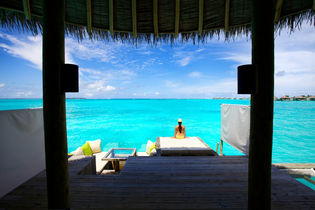 Six Senses Laamu - Water Villa deck